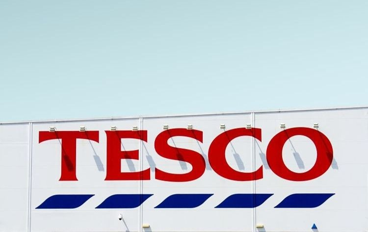 tesco to cut jobs